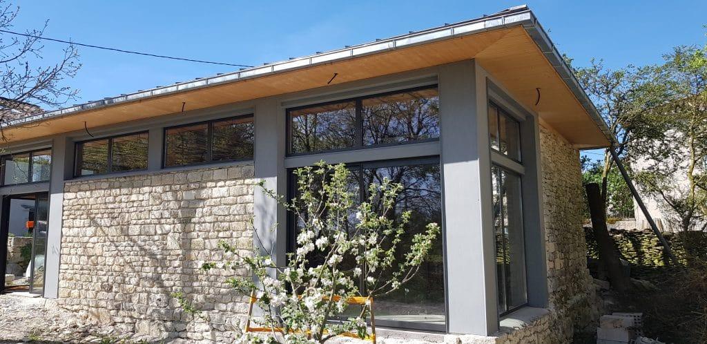 Habillage baies vitrées aluminium